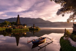 A beautiful sunrise at a Lake Bratan with UlunDanu temple,Bali,Indonesia