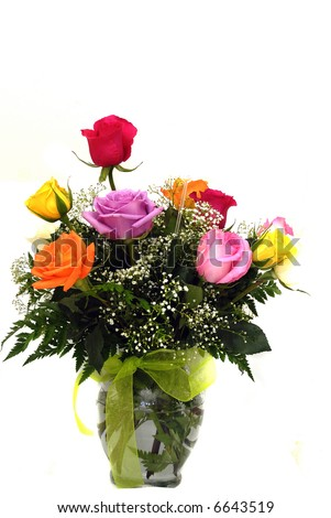 A beautiful vase of roses as an valentine gift