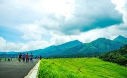 A beautiful view of wayanad's mountain range from Banasura sagar dam