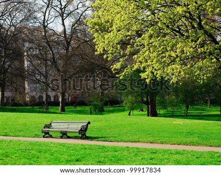 a bench in Hyde Park of London
