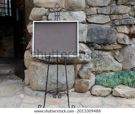 A blank sign with copy space for event venue entrance.  Сток-фото ©