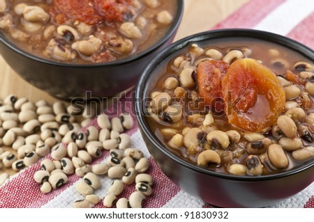 a bowl of black eye peas or hoppin' john