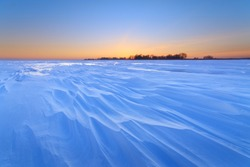 a bright winter morning landscape / soft removable warming sun rays heat