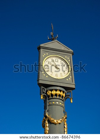 A clock on the promenade in Ahlbeck (Germany).