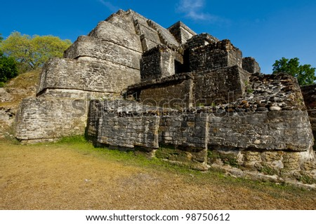 A close up side view of the Altun Ha temple