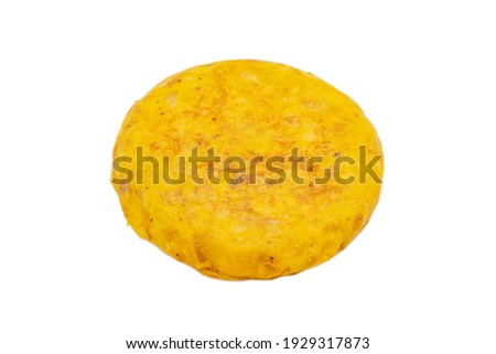 A closeup shot of a Spanish omelet isolated on a white background Stockfoto ©
