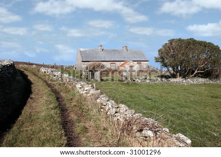 a derelict house in the irish countryside in county kerry ireland