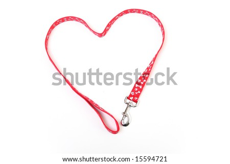 A dog lead in the shape of a heart