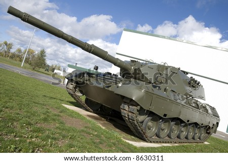 A European-built main battle tank. (Shot at f10 with the lens at 18mm to provide good depth of field and sharp edges for masking.)