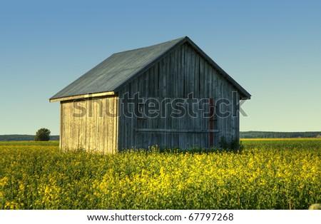 A finnish old barn /Country barn
