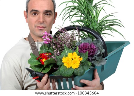A florist with his creation