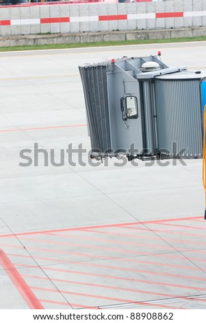 A jetway ready to receive passengers