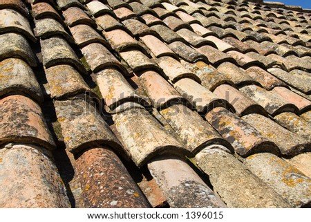 A perspective on the original tiles that covered the houses of Dubrovnik before the war.