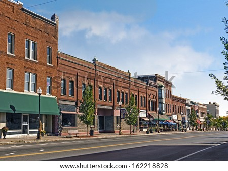 A photo of a typical small town main street in the united for The smallest town in the united states