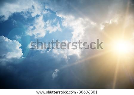 A photography of a dark cloudy sky