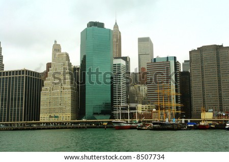 A picture of New York city skyline from New York harbor