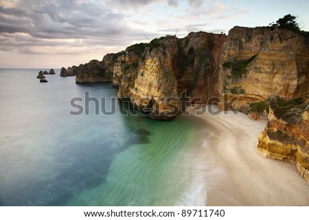 A picture of the portuguese beautiful coastline.