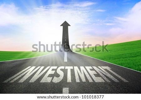 A road turning into an arrow rising upward symbolizing growth and improvement of investment