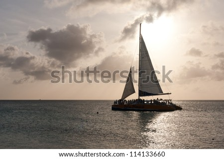 A sailing boat for the coast of an Caribbean island