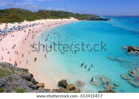 A scenic view of Horseshoe Bay Beach in Bermuda. Сток-фото ©