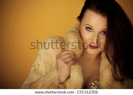 sexy lips and furs