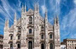 A shot of the Duomo di Milano in Milan, Italy