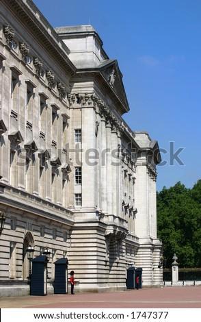 A side view of Buckingham Palace - London