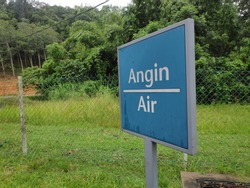 A signage for Air also know as