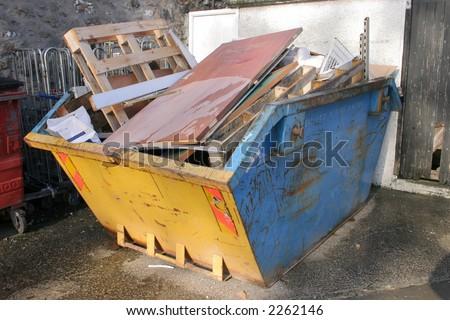 A skip full of rubbish #2262146