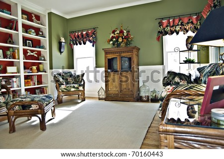 A Small Sitting Area Off The Kitchen That Is Call A