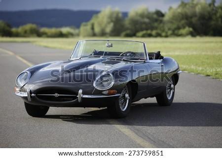 a sports car jaguar e type s3...