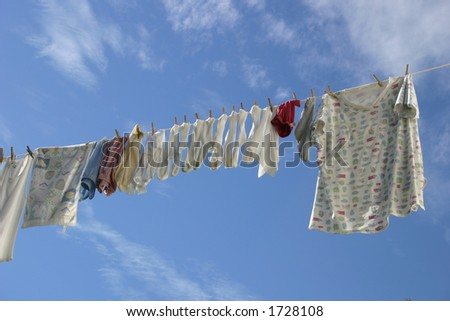 A summer laundry line in the sky.