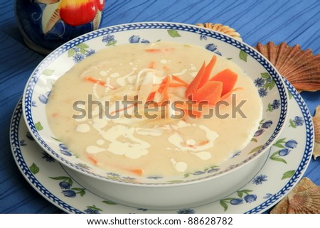 a thick soup of seafood with cream