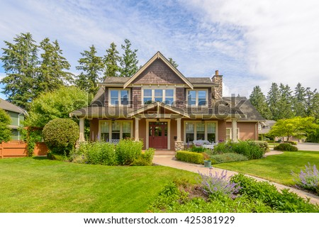 A very neat and colorful home with gorgeous outdoor landscape in suburbs of Vancouver, Canada. #425381929