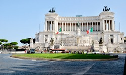 A view from the Piazza Venezia, looking towards Altare della Patria