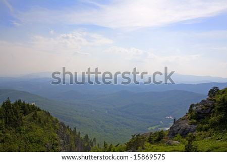 A view of the Blue Ridge Mountain range in North Carolina