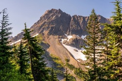 A view of the Cascade Range from Cascade Pass trail at North Cascades National Park.