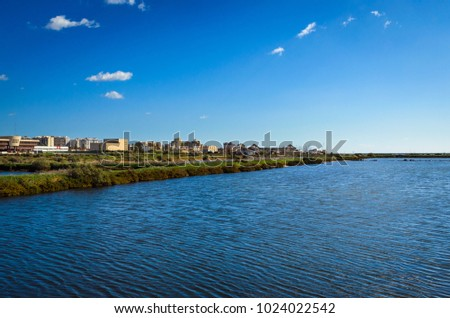 A view to the city from the Natural Park  Foto stock ©