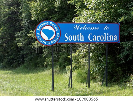 A welcome sign at the South Carolina state line.