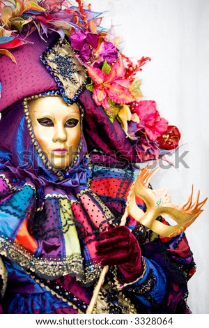 A woman in costume at the Venice Carnival (6)