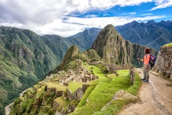 A Woman trek to Machu Picchu, New 7 woder of the World - Peru