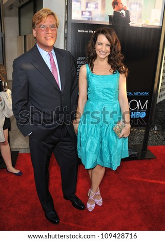 """Aaron Sorkin & Kristin Davis at the Los Angeles premiere for HBO's new series """"The Newsroom"""" at the Cinerama Dome, Hollywood. June 21, 2012  Los Angeles, CA Picture: Paul Smith / Featureflash"""