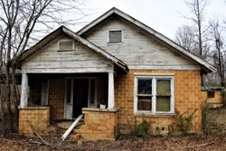 abandoned house in Malvern, AR
