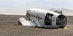 Abandoned military plane, Islandia.