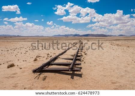 Abandoned railway tracks in the desert, Namibia Foto stock ©