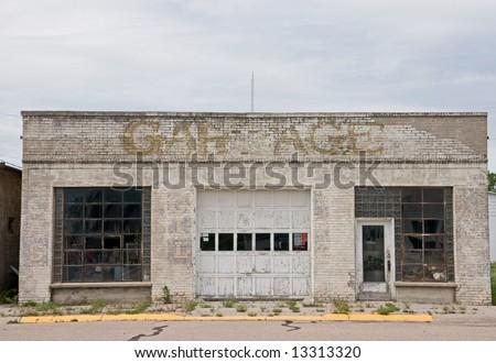 Abandoned repair shop or garage for vehicle repairs