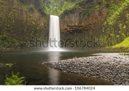 Abiqua Falls, a waterfall in the rain forests of Oregon