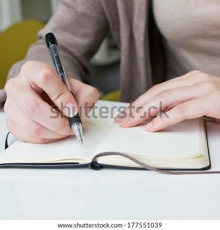 writing an abstract for an english paper Writing an abstract writing centre in the case of a research paper abstract unlvedu/writing/abstracthtml https://owlenglishpurdueedu/owl.