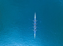 Academic rowing on open water