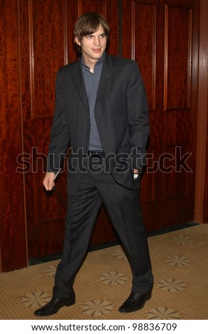 Actor ASHTON KUTCHER at the 65th Annual Will Rogers Pioneer of the Year Dinner honoring Walt Disney CEO Michael Eisner. December 4, 2003  Paul Smith / Featureflash